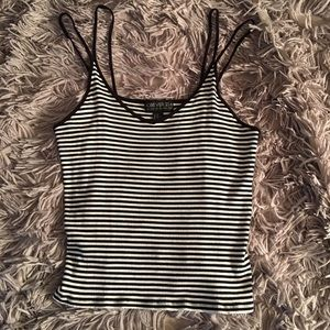 Tank top cropped top